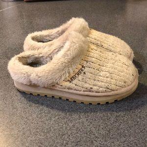 Skechers clogs